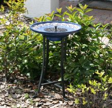 Mosaic Ceramic Solar Birdbath in Black Metal Stand